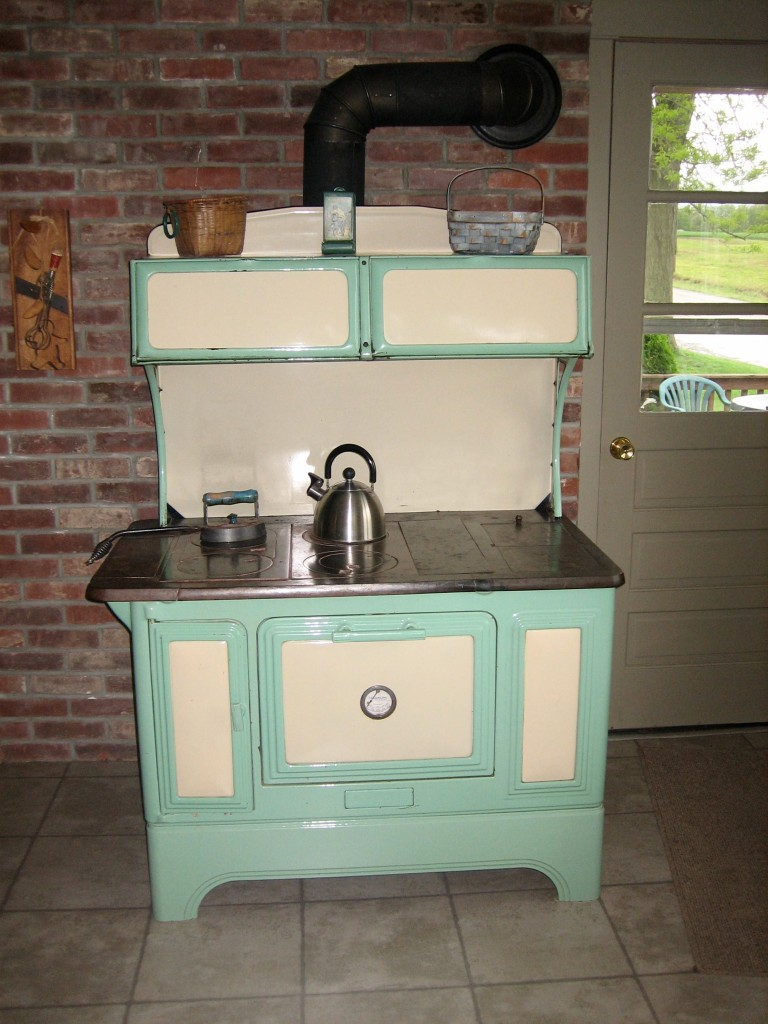 Wood-heated cookstove